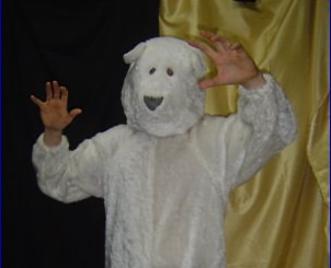 I'm Jean-Robert the Genre Bear! Come visit me at the KidZ KOrNeR!
